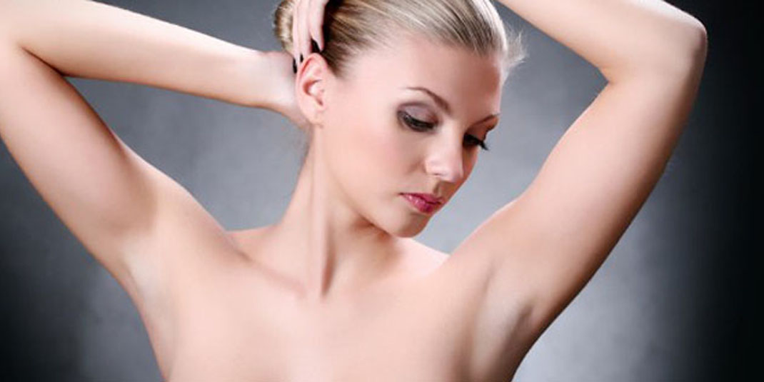 magazine_laser_hair_removal_bikini_line_underarm_model
